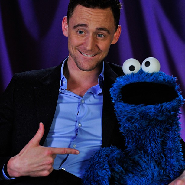 Hiddleston On Shakespeare's HOLLOW CROWN & Cookie Monster