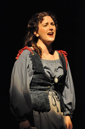 Angela Richardson (Fantine)