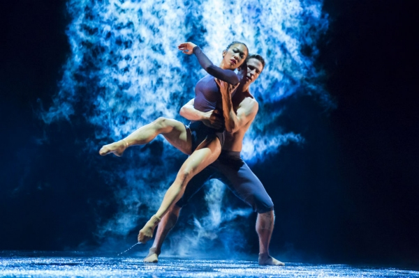 Hubbard Street Dancers Jessica Tong and Jesse Bechard