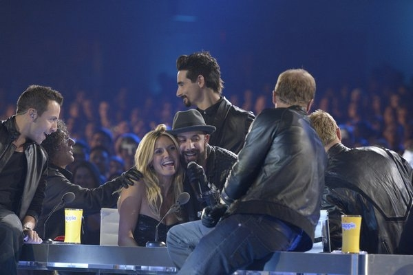 Pictured: (l-r) Howie Dorough, Howard Stern, Heidi Klum, AJ McLean, Kevin Richardson -- (Photo by: Virginia Sherwood/NBC)