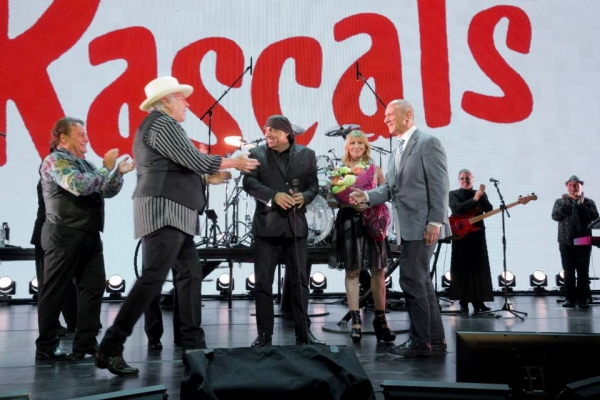 David Mirvish joins The Rascals on stage