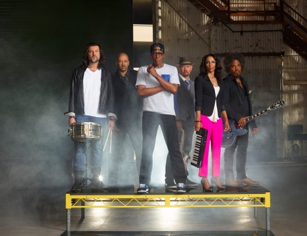 "Rob �""Fonksta"" Bacon,"" Alex Al, Arsenio Hall, Robin DiMaggio, Victoria Theodore, and Sean Holt."