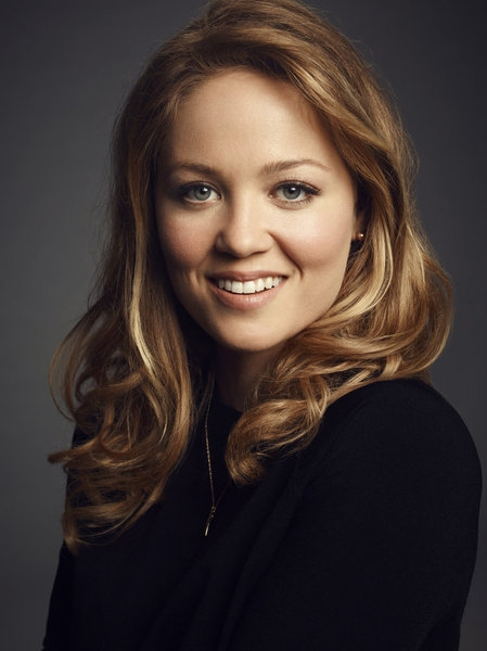 PARENTHOOD -- Season: 5 -- Pictured: Erika Christensen as Julia Braverman-Graham -- (Photo by: Joe Pugliese/NBC)