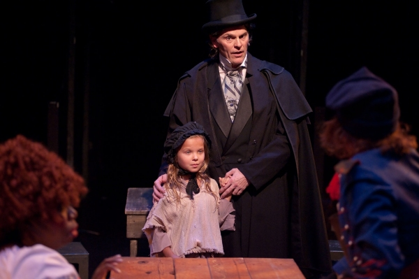 Photo Flash: First Look at Daniel Felton, Lawrence B. Munsey and More in LES MISERABLES at Toby's Dinner Theatre