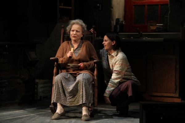 Sarah Marshall (Mag Folan) and Kimberly Gilbert (Maureen Folan