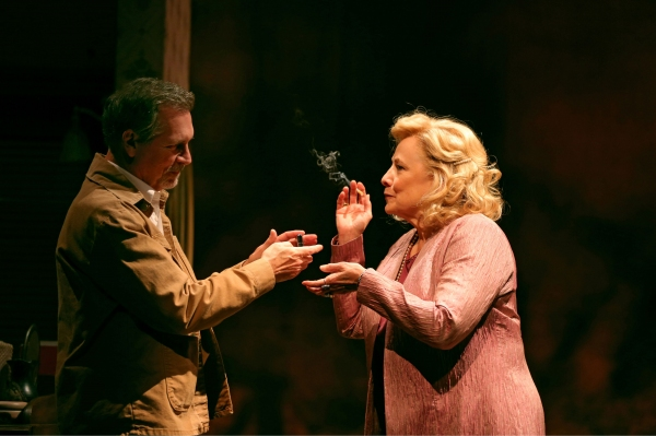Cotter Smith (Howard Ratliff) and Betty Buckley (Gertrude Hayhurst Sylvester Ratliff)