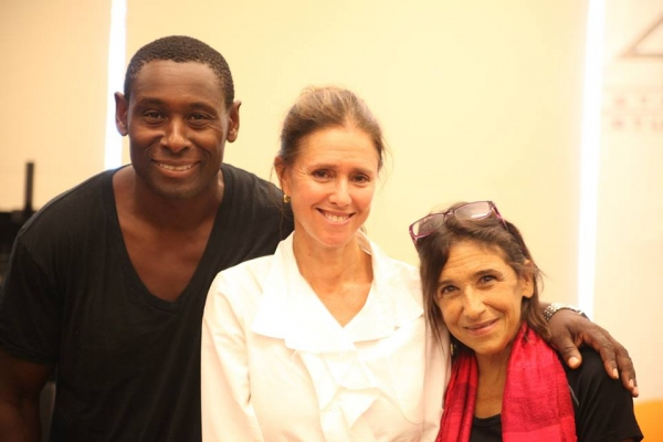 David Harewood (Oberon), Julie Taymor (Director) and Kathryn Hunter (Puck)