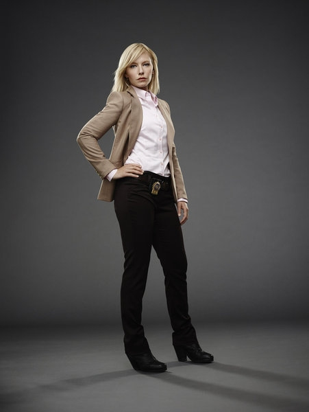 Kelli Giddish as Detective Amanda Rollins -- (Photo by: James Dimmock/NBC)