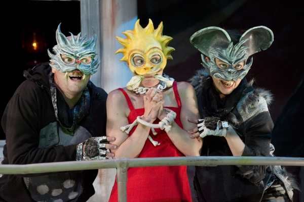 Photo Flash: First Look at MR. BURNS at Playwrights Horizons