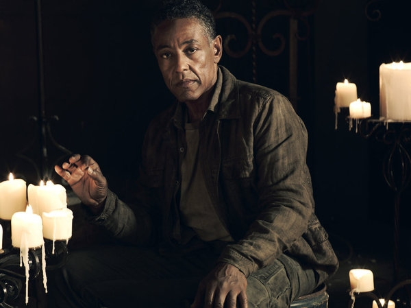 Giancarlo Esposito as Major Tom Neville