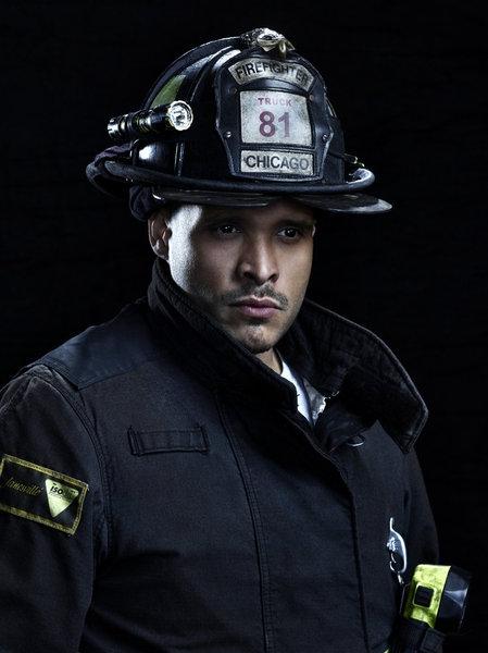 Joe Minoso as Joe Cruz Photo