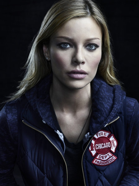 Lauren German as Leslie Shay