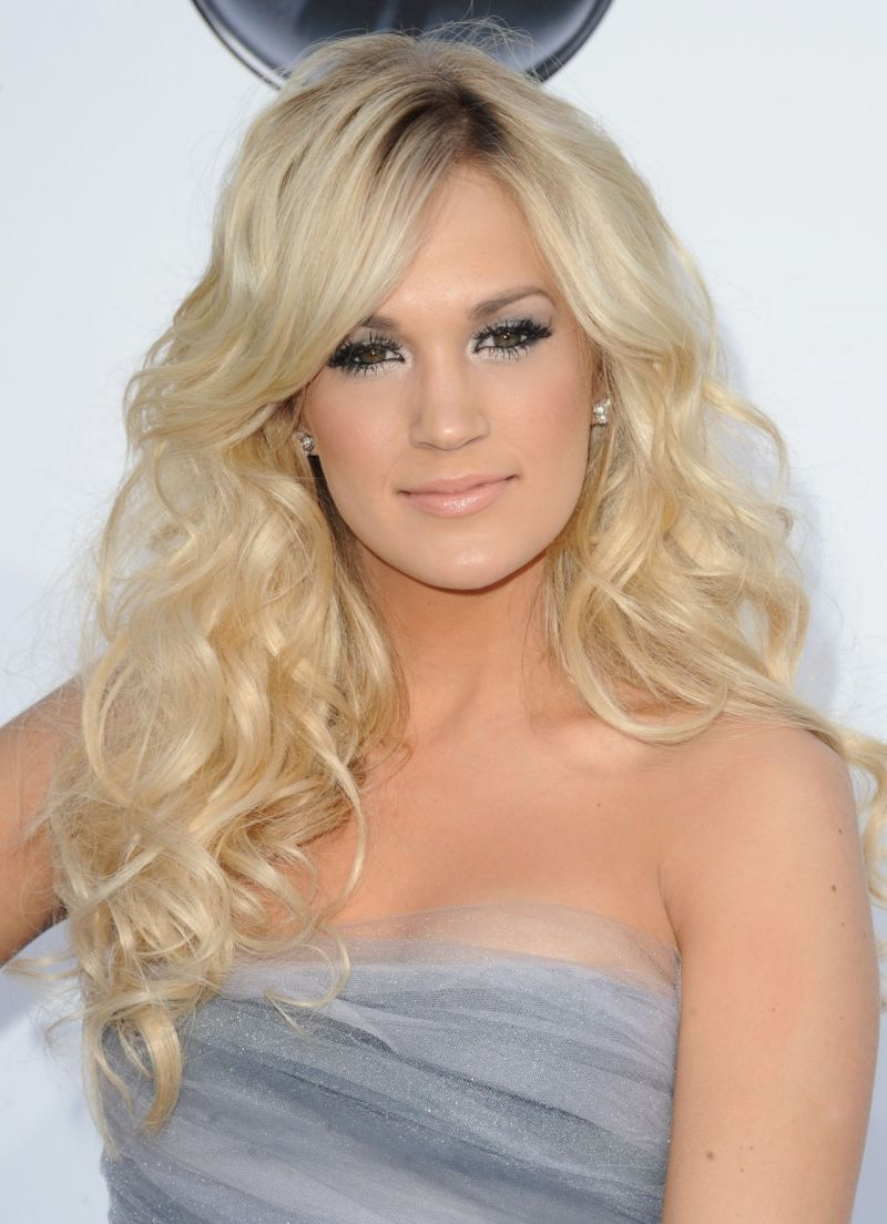 Carrie Underwood Comments On Live SOUND OF MUSIC