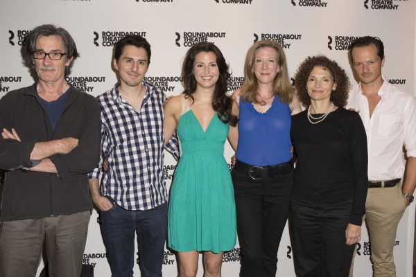 Roger Rees, Stephen Pilkington, Meredith Forlenza, Henny Russell, Mary Elizabeth Mast Photo