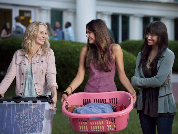 The Vampire Diaries -- ''I Know What You Did Last Summer'' -- Pictured (L-R): Candice Accola as Caroline, Nina Dobrev as Elena, and Kat Graham as Bonnie -- Photo: Annette Brown/The CW