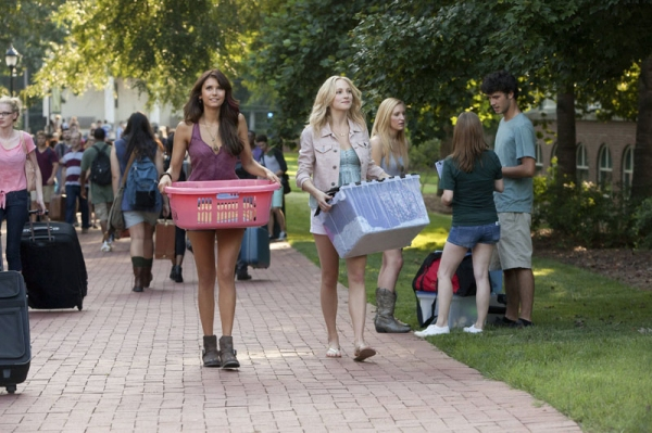 The Vampire Diaries -- I Know What You Did Last Summer Pictured (L-R): Nina Dobrev as Elena and Candice Accola as Caroline Photo: Annette Brown/The CW