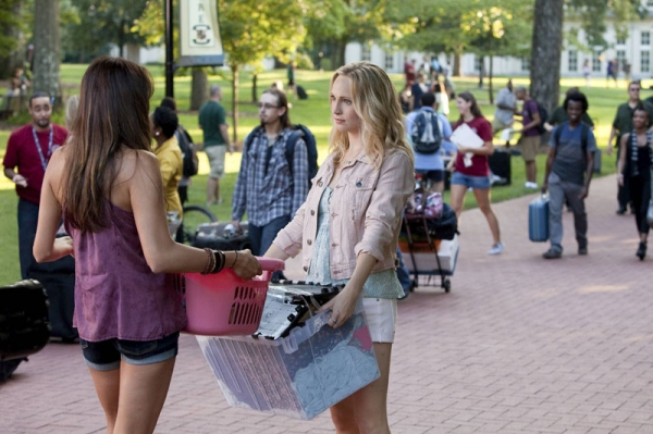 The Vampire Diaries -- I Know What You Did Last Summer Pictured (L-R): Nina Dobrev as Elena and Candice Accola as Caroline � Photo: Annette Brown/The CW