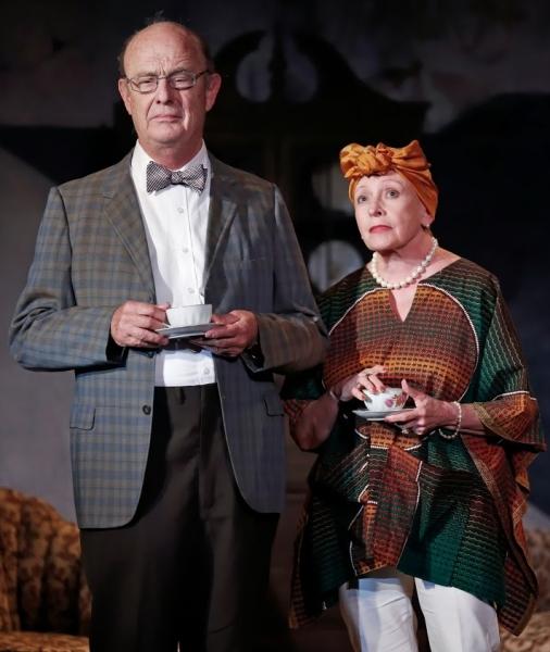 Gerry Bamman and Roberta Maxwell  Photo