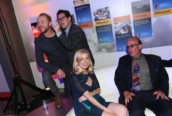Simon Pegg, JJ Abrams & Cast