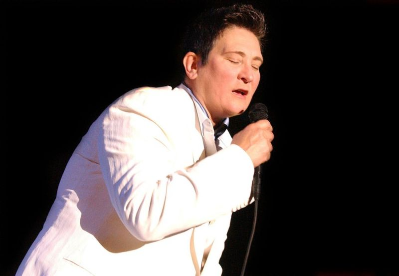 FLASH FRIDAY: K.D. Lang Craves Jazzing Up Broadway