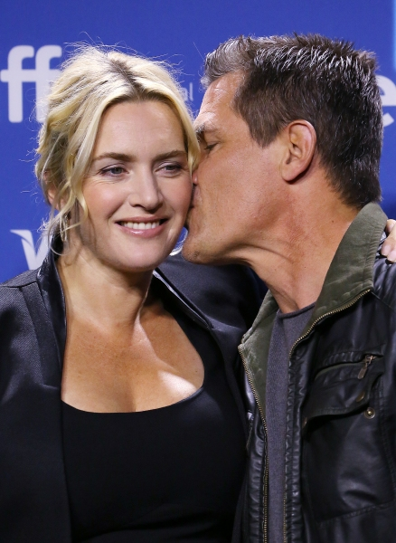 Kate Winslet and Josh Brolin  Photo