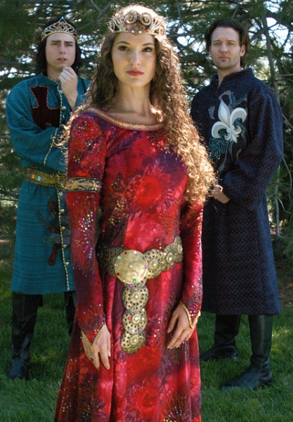 David Bryant Johnson as Arthur, Melissa Mitchell as Guenevere, and Glenn Seven Allen as Lancelot