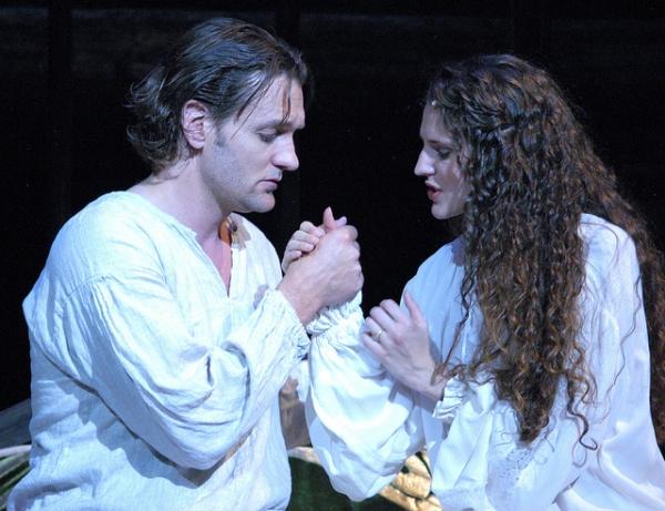 Glenn Seven Allen as Lancelot and Melissa Mitchell as Guenevere