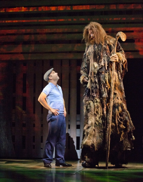 Photo flash first look at norbert leo butz kate baldwin for Big fish the movie
