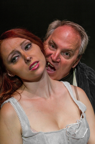 Photo Flash: Steven Dietz's DRACULA Opens Tonight at Farmington Players Barn