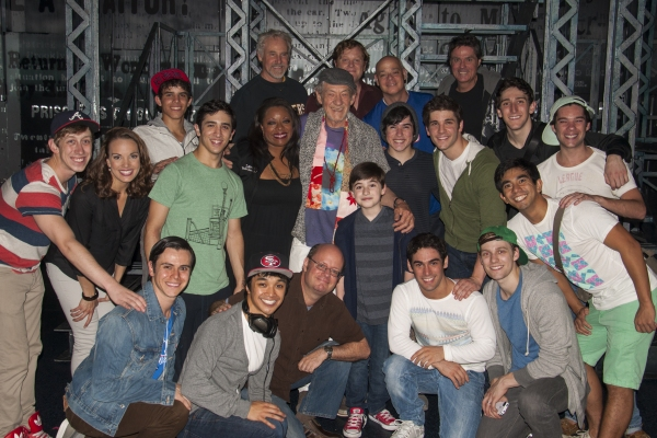Photo Flash: Broadway-Bound Ian McKellen Visits NEWSIES!