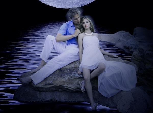 Zachary Andrews and Jaimie Morgan Photo