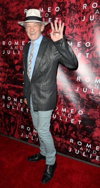 Photo Coverage: On the Red Carpet for ROMEO AND JULIET's Broadway Opening!