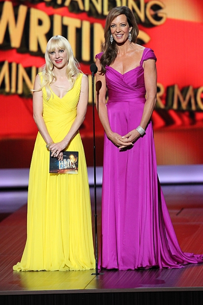 Anna Faris and Allison Janney