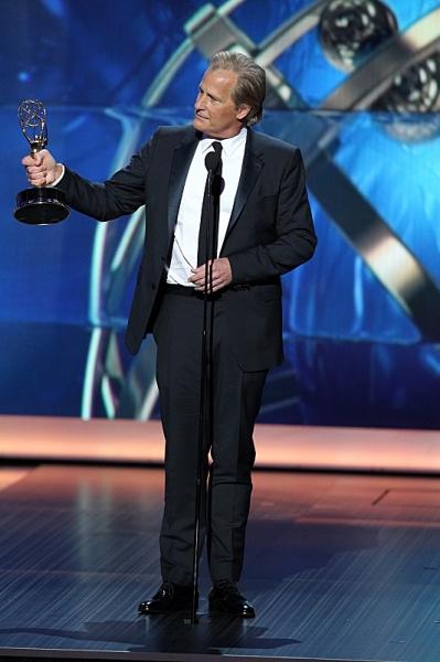 Winner, Jeff Daniels