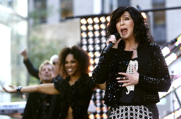 Photo Flash: Cher Rocks the Plaza on NBC's TODAY