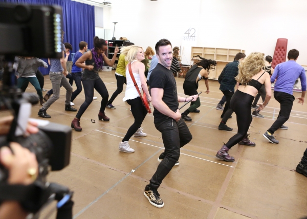 Photo Coverage: WE WILL ROCK YOU National Tour Cast Channels Queen for Performance Preview!