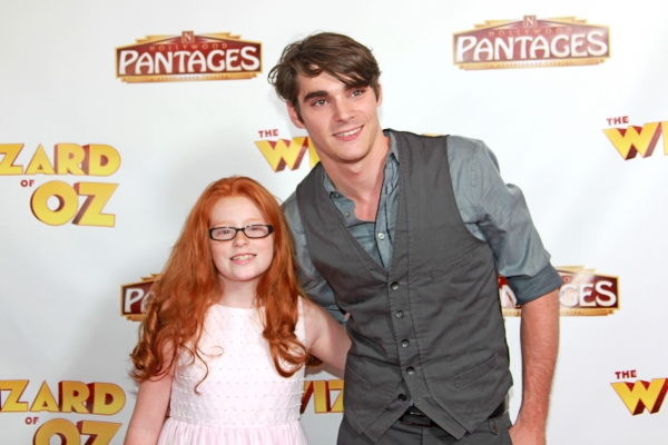 sibs Lacianne Carriere (It''s Always Sunny in Philadelphia) , RJ Mitte (Breaking Bad)