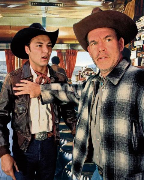 Pacomio Sun as Bo and Raymond Wallenthin as Virgil
