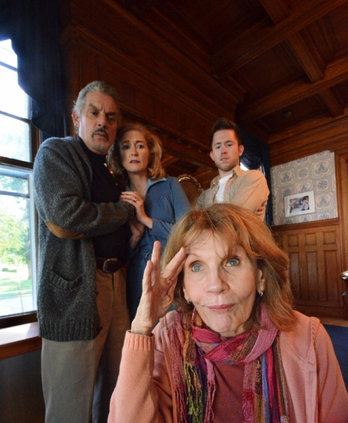 Carl Wallnau as Sidney, Maria Brodeur as Myra, Jon Mulhearn as Clifford, and Colleen Smith-Wallnau as Helga