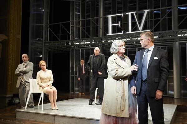Photo Flash: First Look at Great Lakes Theater's RICHARD III, Starring Lynn Robert Berg