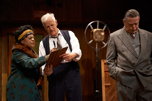 Irvin (Tom Bloom*) finally persuades Ma Rainey (Tina Fabrique*) to sign her record re Photo