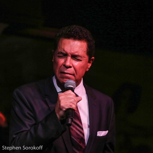 Photo Coverage: Clint Holmes Returns To Cafe Carlyle with STOP THIS TRAIN