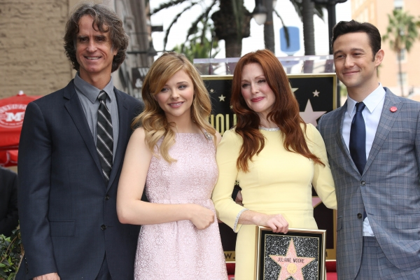 Jay Roach, Chloe Grace Moretz, Julianne Moore and Joseph Gordon LevittJ