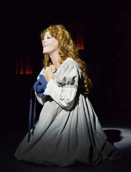 "Fantine (Sarah Hund) sings �""I Dreamed A Dream"""
