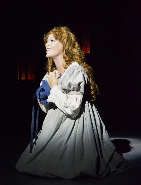 "Fantine (Sarah Hund) sings �""I Dreamed A Dream"""