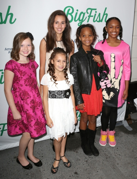 Quvenzhane Wallis with the cast from ''Annie''