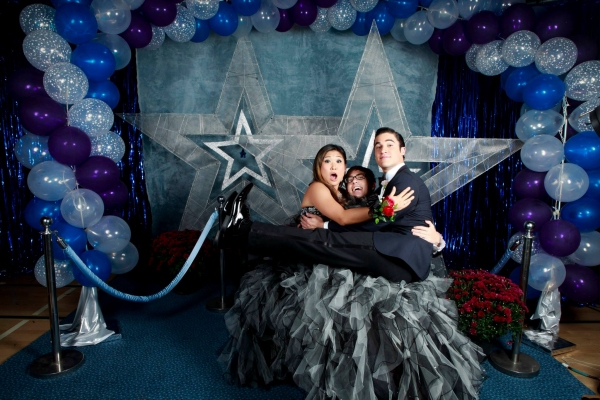 Photo Flash: GLEE Debuts Prom Photos from Last Week's Episode