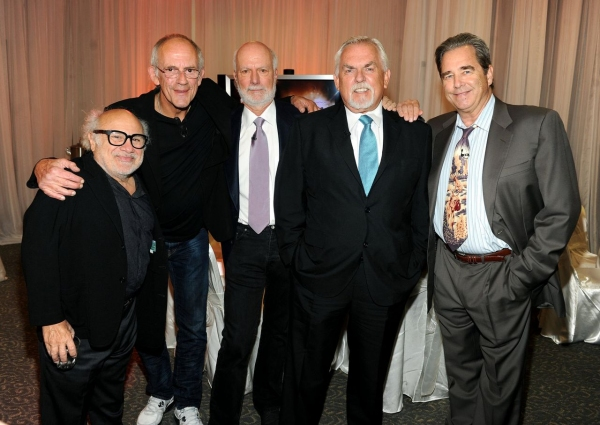 Danny Devito, Christopher Lloyd, James Burrows, John Ratzenburger, Beau Bridges