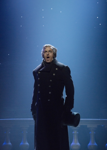 Earl Carpenter as Javert | Photo Credit: Cylla von Tiedemann