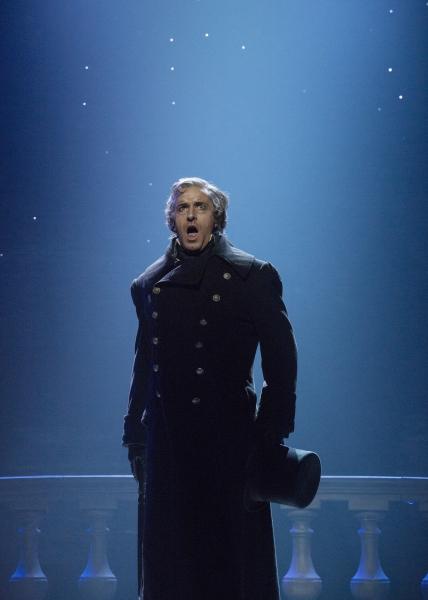 Earl Carpenter as Javert | Photo Credit: Cylla von Tiedemann